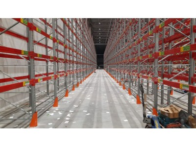 Оснащение склада паллетными стеллажами в г.Санкт-Петербург