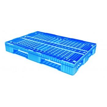Лёгкий перфорированный пластиковый поддон на трёх полозьях 810х1210х150 мм, голубой